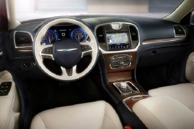2019 Chrysler 300 Interior