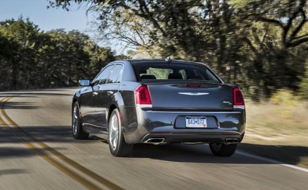 2018 Chrysler 300 Hellcat Rear View