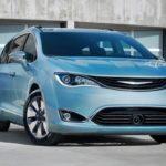 2018 Chrysler Pacifica Hybrid Reviews