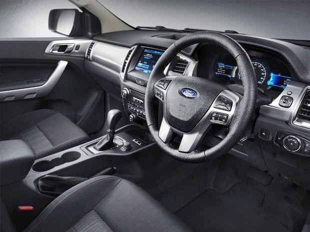 2018 Ford F100 Interior