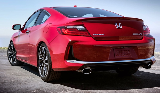 2019 Honda Accord Coupe Rear View