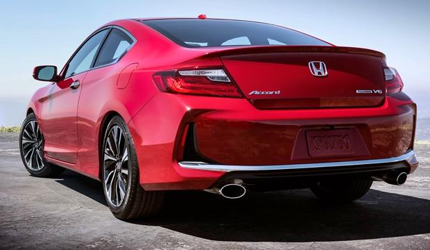 2019 Honda Accord Coupe Rear View